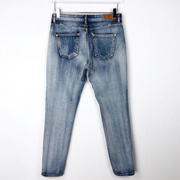 b3bd69784c Mango Nancy Relaxed Crop Boyfriend Jeans Size 4. Mango.  M 5b991e531b32944a4c21166c. M 5b991e577386bca916e7f286.  M 5b991e599fe48654ebe175c2